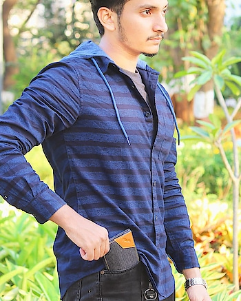 Denim Wallet By Darebyvoylla  I Loved The Material Used For Making This Wallet Which Remains Cool Even In This Hot Summer.  Include This In Your Wardrobe Before Your Friends And Be Style Starter. . . . #denim #wallet #brandinfluencer #instagraminfluencer  #menfashion #styleblogger #indianfashionblogger #instablogger #dapperstyle #fashionblogger #mumbaifashionblogger #styleblogger #menslook #mensblogger #summerstyle #fashion #fashionbloggerindia #indianblogger #indianinfluencer #mumbaiblogger #mumbaiinfluencer #lifestyleblogger #lifestyleinfluencer #plixxoinfluencer #galleri5influenstar