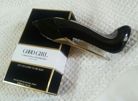Loving this new scent #goodgirl by #carolinaherrera it's very seductive and bold and elegant, perfect for night wear or on a special date night, love the packaging it comes in a velvet coated box, which is ultra feminine. If you are a woman who loves heels and believes in it's power, then you must try this ultra chic fragrance. Reveal your good side through the luminous facets of Tuberose and Jasmine Sambac. Indulge your bad side through the addictive notes of roasted Tonka beans and Cocoa. The stiletto shaped bottle is just too sexy. Who can deny the confidence you feel when you are in stilettos. ;) Must try for all the fragrance fanatic women out there.   #perfume #women #fragrance #fashion