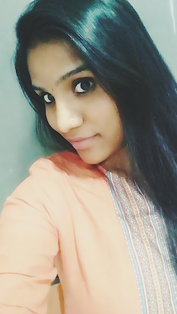 #casuallook#latenight#officeselfie