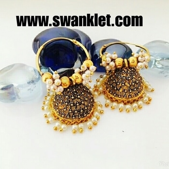 Swanklet traditional golden plated jhumka earring for women and girls...  Ping for price!!!!  #onlineshopping  #onilnestore  #fashion #fashionworld #trendy #instastyle #dm_for_order #swanklet #sparklingcreationz #diva #jewellery #jewelry #earrings #traditional #chic #lovely #beautiful #earringsoftheday #buyme #shopperslove#Swanklet #IamSwanklet #sparklingCreationz #sparkleme #Instamood