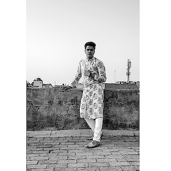 Live your life like everyday is ramadan and the Akhirah will become your Eid. Eid Mubarak 🌙🌙🌙 Outfit by @khushboothedesigner Styled By @stylemyra  Brooch by @taraashjewellery Location @newdelhi . . . . . . . . #ootdfashion #outfitoftheday💎 #menfashionstyle #fashionista #mensclothes #like4likeback #picoftheday📷 #instagram #instagramer #traditionalwear #indianwear #ethnicwear #ethnic #indian #instafashion #bhfyp #shotonmoment #portraitphotography #oneplusphotography #diwali #FashionStyle #faoutfitsshionstylists #FashionBlogger #StyleBlogger #eidmubarak #rosopostar