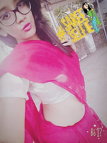 #lookgoodfeelgood #redlips #redsaree #ropo-love #ropomood #ropobeautiful #ropo-style #roposogal #roposomoments #roposopic #soroposodaily #roposaree #sareelove #bonggirl #saraswatipujaspcl #2k18 #selfiequeen #sareeselfie