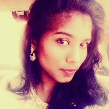 I hate being in traditional.... But when I gets in one I feel wonderful nd beautiful....