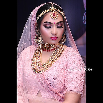 Makeup by Chandni Singh 🧚‍♀️ Chandni Singh Studio , Oyo Townhouse 015,  Lajpat Nagar 4 New Delhi 110024  ☎️ 01141666441 /42  #makeup #mua #weddingblog #weddingseason #wedding #bride #indianbridalmakeup #bridesofindia #bridallehenga #indianbridalmakeup #chandnisinghmakeupacademy #weddinglook #chandnisingh #weddinginspo #chandnisinghstudio #smokeyeyes #lashes #browsonfleek #weddingbells #anastasiabeverlyhills #hudabeauty #morphe #urbandecay #airbrushmakeup