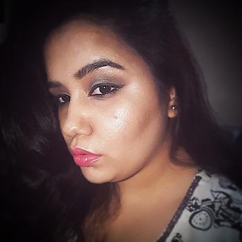 Motd #thegirlything💖 #makeupartist  #muaindia  #makeuponfleek  #wakeupandmakeup  #highlghters  #contoring #lipcolour  #pink  #lakmelipstick  #maybellineindia  #nyxcosmeticsindia  #bronzer  #fashion-blogger  #makeupandbeautyblogger  #fashionandmakeupblogger #bloggerstyle  #eyemakeup  #mynewmakeupstory #motd #makeupblogger  #blogd  #mumbaiblogger  #vadodarablogger  #makeupforlife #followformore  #followme