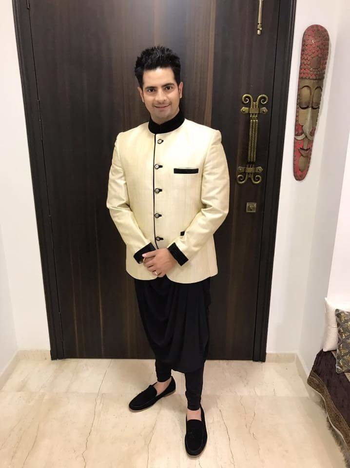 Style over trend any day and nobody gets it better than you Rohit Verma! #SukishKiShaadi Styled to perfection by Rohit Verma!! #IndianWedding  @karanmehra1