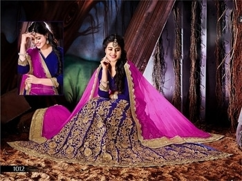 Mesmerize your look for the wedding reception with classy Designer Lehenga from WedLista.com!  Find it at : http://bit.ly/2oSVDZu  #WedLista #FashionForWeddings