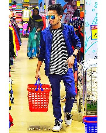 SHOPAHOLIC 2k18  • • 👜 #shopping #shop #shoppings #shoppingbags #toptags #shoppingtime #shoppingmall #shoppingaddict #shoppingcenter #shoppingtherapy #instashopping #happy #tweegram #instagood #hapyshopping #igshopping #goodliving #goodvibes #shoppingspree #igers #mall #dresstoimpress #instadaily #besttime #instamood #weloveshopping #store
