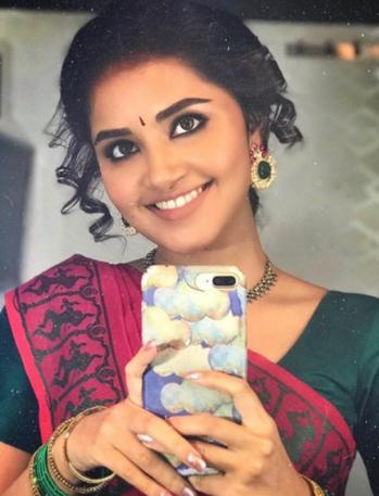 #anupamaparameswaran #nivethathomas #trendingvideo #trendspotting #phtography #flimistaan