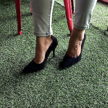 Get these wardrobe staple Page 3 pumps at a special offer on our website  . . .  #INTOTOs #fashionforall #globaltrends #designershoes #shoesaddict #brandshop #trending #dailyfashion #shoelove #shoefie #heelsbranded #musthave #blackheels #everyday #daylook #weekendwear #weekendfashion #womenswear #sale #shopforless #formalwear #OFFTHEGRID #black #stilettos #blackpumps #pointedtoeheels