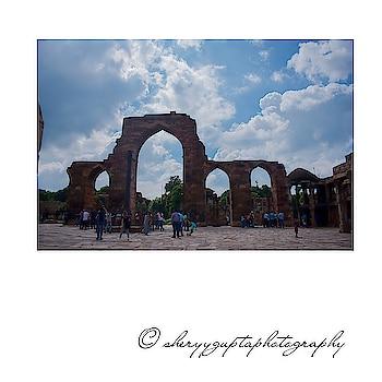 What do you love about photography? #photo #photo-shoto #photographs #roposo-photos #photo-roposo #photoholic #photographyquotes #photomafia #photodiary #photoshootscenes