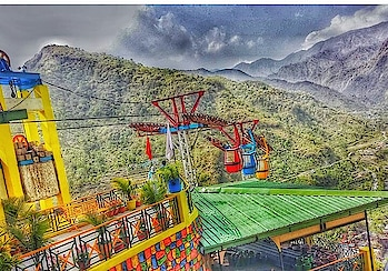 Hilly and Trolly postcard from my travel.  Colours make everything so damn cool! . . . . . . . . . . . . . . . . . . . . . . . . . . . . . #indianbloggers #indianbloggersnetwork #indianbloggerscommunity #indianbloggergirl #puneblogger #punebloggers #punetravelblogger #indiantravelblogger #punetravel #punetravelblog #indiantraveller #indiantravel #jamshedpurblogger #theculturegully #indianculturalhub #tajmahal #tajmahalofagra #travelbloggerlife #travellusting  #plixxoinsider #plixxo #plixxoinfluencer #incredibleindia #indiantourism #jamshedpur #travellife #TheCultureGully