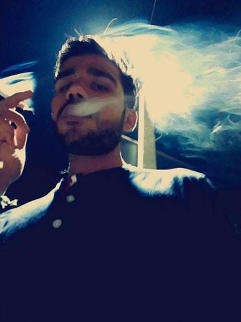 #nightout #men-fashion #beardlove #cricketfever #adventuretime #outing #nightride #smoke #occasion  #smoketochill #sporty #sports #kingsize #food