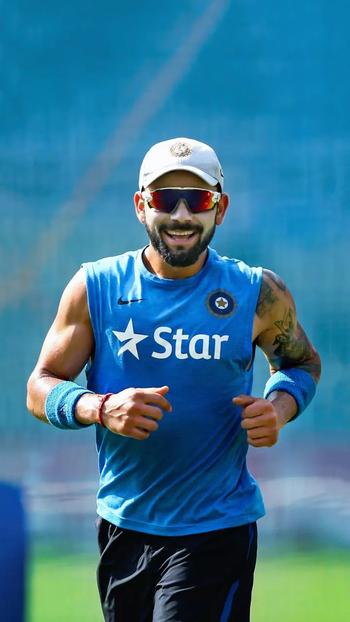 Virat kohali   #viratkohli #viralvideo #viratanushka #viratanushkareception #india #cricket