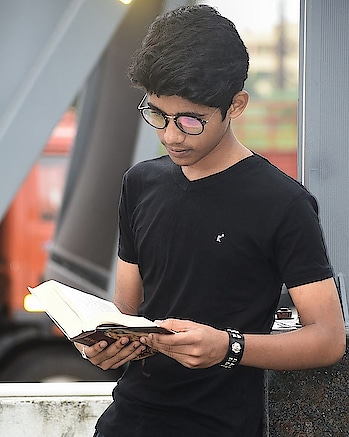 #reading #bagavathgeetha #read #f4f❤️ #f4f❤️🔝🔫💣 #style #styleblogger #swag #swagg #fresh #menwithclass #shooting #gq #gqstyle #vouge #100likes #mass #so4so #so4sophotooftheday #outfitoftheday #dapper #lookbook #landscape #followtrain #modernrenaissance#views #moneymaker