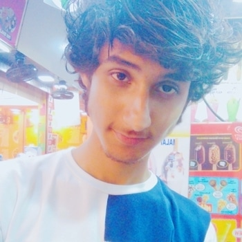 Long hair look! #robin  #oldpic #hair #long #awesomelook #good #selfie #selfiecraze #justapic #epic #food #ropo-foodie #roposo #post #pictureoftheday #fun #friends #like #like4like #follow4follow #pro #robin #whatsnext #more #hashtags #hehe #request