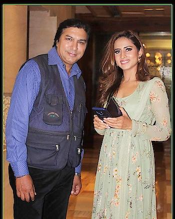 Me & Sargun Mehta Actress Punjabi Film Qismat ..@ #celebraties #punjabimovie #punjabi_movie #sargunmehta #movietime #supers #superstar #modelling- #sp #theimage #star #filmistaan #musicbeats
