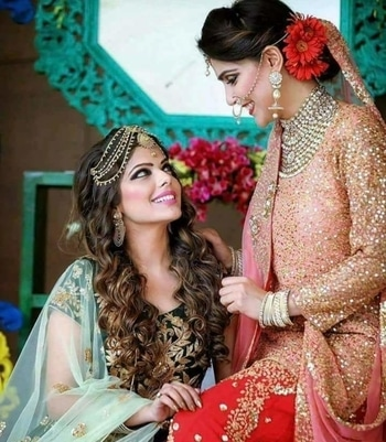 #roposo#photography#weddingwesr#bridal#skincare#haircare#hairstyle#homeremedies#footwear#dressmaterial#lehnga#anarkali#pakistanifashion