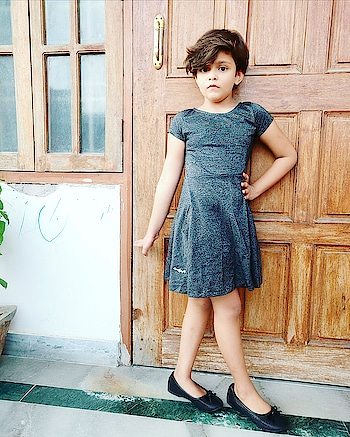 This beautiful girl is heart of her mom....   #lucknowbloggersofficial  #fashionblogger  #lucknowfashionbloggers  #indianblogger #fashiongirl #newfaces  #instakids  #kidsfashion  #lucknowinfluencer  #instastyle  #littlefashionista  #bloggerswanted  #follow  #lucknowdiaries  #model  #fantastic_kiddies #asianblogger  #momandbabygirl  #lucknowfashion  #childblogger  #childmodel  #ootd #lucknowbloggers  #littleinfluencer #sandcastle_mag #perfectstylekiddies #kidscasting #kidsmagazine