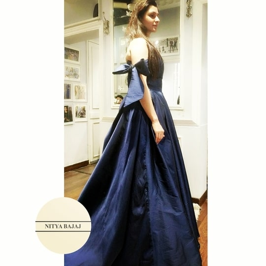 #happytrials with beautiful #bow details @labelnityabajaj  #navy #blue #indigo #stylefiles #happyclients #happycustomers at #studionityabajaj   #eveningdress #eveninggown #eveningwear #trials #fittings #trail #gowntrail #happyyouhappyus  Get your bespoke #nityabajaj at 37A shahpurjat, ground floor, New Delhi-110049 For enquiries call 9990185858 #labelnityabajaj