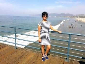 #blue-white-striped #shortstraightfit #drees #LA Dress: #H&M Shoe: NIKE Shade :Rayban