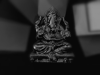 Capturing some blessings. #lord-ganesha #lowlightphotography #blackandwhite #blessings #summertime #summervibes