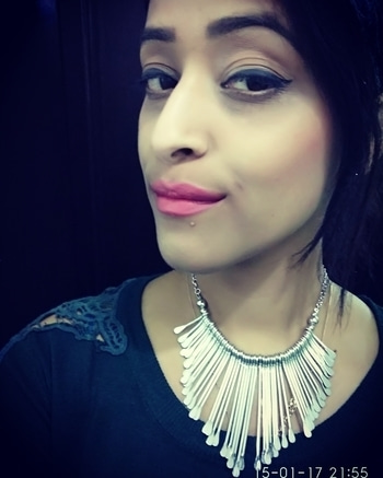 date night look with this beautiful neckpiece from forever21 paired up with purplish pink lip definition from @trysugar  #nightlook #roposodaily #ropo-good #roposomakeup #roposojewels #roposobeautyblogger #beauty #women-fashion #fashionblogger #lifestyleblogger  #beautytips #ropo-style #soroposogirl