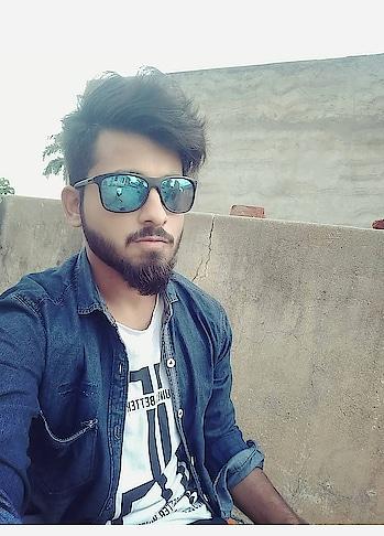 #me #roposo-style #beard #bearded-men #beardstyle #beardlife #beard-model #followers #instapic #instamoment #life #my-collection #liles #followmeoninstagram #followme #liles #like #likeit #roposo-style #roposostar