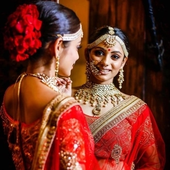Mirror never lies... And when the bride is this gorgeous it definitely cannot lie... Shop for bridal cosmetics & regal jewellery from WedLista.com to get a glowing look as this bride.  Makeup by: @rituugandhi  #WedLista #FashionForWeddings --- #beautiful #bride #indianbride #bridetobe #bridal #bridallook #bridalwear #desibride #instabride #instalove #instapic #instawedding #indianweddings #desiwedding #shaadi #OnlineShopping #makeup #bridalmakeup #outfits #hennahands #bridaljewellery #hairgoals #OutfitsOnline #glamorous #asianwedding #realwedding