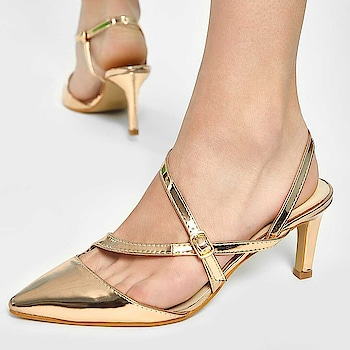 Ladies! It's always a good time to flaunt some gold  .  .  .   #INTOTOs #globaltrends #fashionforall #trending #womenswear #designershoes #shoelove #trendy #newcollection #whatshot #partywear #INTOTOxKOOVS #trends #new #stilettos #funky #party #shinyheels #kittenheels #shortheels #pointedtoeheels #shinyshoes
