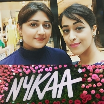It was so great to meet @corallistablog at @mynykaa Beauty bar launch event 😍🤗 #motd #potd #picoftheday #nykaa #mynykaa #launchevent #event #bangalore #bangaloreblogger #blogger #indianfashionsquad #beautyblogger #indianblogger #funday #instagra #instagrammer #instagramhub #fashiongram #beautygram #fashionblogger #eyebrows #lips #eye #makeupjunkie #makeuplover #meet #greet #corallista #thebeautitude  #makeup