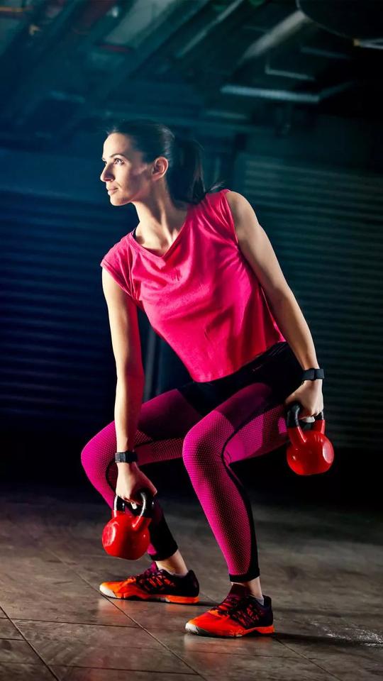 #yoga #pull #squat #kick #boxing #punchingbag #red #punch #skipping #skippingrope #gym #body #bodybuilding #exersice #great #looks #stamina #energy #sweating #dumbbells