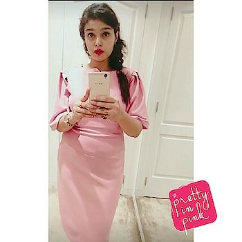 #pink #coverstory #dreamcatcher #peachdress #pastelprincess #bloggersmeet #bloggersworldwide #bloggerforlife #instagramfashion #fashionstatement #portfoliophotosshoot #phonephotography #oppo @coverstory #ropo-style #ropo-beauty #roposo-makeupandfashiondiaries #prettyinpink