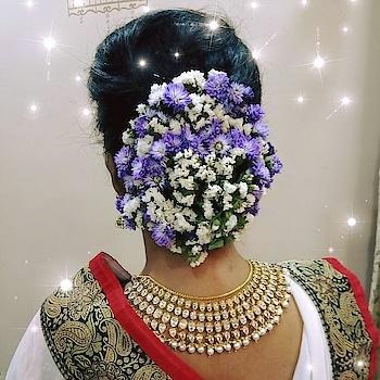 #hairstyle  #hair #makeup #mumbaimakeupartist #wedding #weddingseason #weddingsutra #weddingsaga #facesbypooja #wedmegood #urbanclap #mac #colorbar #maybelline #missclaire #nyx #nyxcosmetics #nyxcontourpalette #maclipstick #colorbarlipliner #eyeshadow #eyebrows #garland #curlyhair #updo