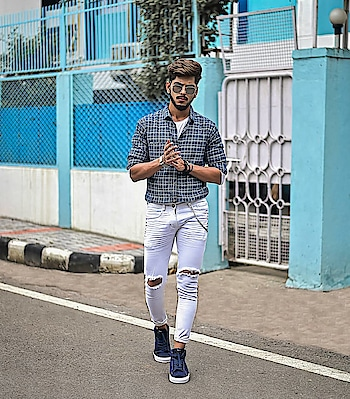 Feeling my own blue mood. . . Sneakers - @docsneakers . . Shot - @thedaydreamstudio . . #TSDFAM  #thestyledweller  #leadstudios #docmartin #sneakers #wirelessearphones #fashion  #fashionblogger  #fashioninfluencer  #indianfashioninfluencer  #influencer #explore #tsdonexplore #mensfashioninfluencer  #mensfashion  #menswear  #ootd #wiwt #trouser #hairstyle  #menshair #suratfashionblogger  #suratinfluencer  #indianblogger  #indianfashioninfluencer  #india  #surat