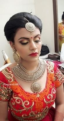 Assamese Bride  #makeupartistmumbai #bride #bridalmakeup #wedding #weddingmakeup #bridesofindia #bridesofmumbai #hairdo #hairstyling #freshflowers #bridestory #theweddingbrigade #thebridestory #thebridesofindia #shaadidsaga #weddingz.in #thebigfatindianwedding #wedwise @bigindianwedding @weddingplz @weddingsutra @wedmegood @bazaarindia @bazaarbridein @loveweddingsfeb @shaadimagic @bridalasia @wedwise.in @thebridalaffair @weddingvows @the.runway.bride @theweddingco @loveweddingsfeb #poonamsmakeup #poonamshahsmakeup #indianwedding #asianwedding #weddingmakeupartist #hairstylist #makeupgeek #makeupaddict #wakeupandmakeup