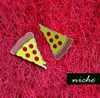 Are you one of those who can eat pizza all their life? We have the perfect enamel pin for you.  Available at www.niche-one.com  #pins #pinlove #enamelpin #patchup #trending #fashion #lapelpins #style #buy #onlineshopping #quotes #fashionistas #accessories #pizza #pizzalove #instalove #instagood #instashop #picoftheday #food #tasty #wearitloveit #bloggers #fashionblogger