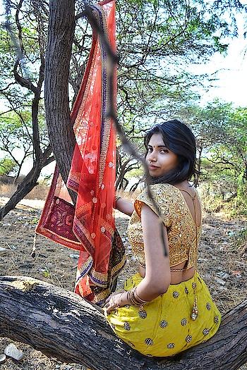 Ethnic duty💡     #fashion #fashionblogger #roposo-fashion #roposoness #roposoers #lifestyleblogger #lifestylepost #lifestylebloggerindia #indianbride #wedding-bride #indianchic #browngirl #browneyes #fashionbloggersofindia