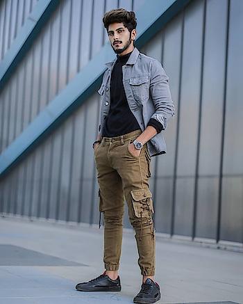 LAYERING GOT ME LIKE. . . SHOT BY - @r.d.photographyy . . #TSDFAM  #thestyledweller  #docmartin #sneakers #fashion  #fashionblogger  #fashioninfluencer  #indianfashioninfluencer  #influencer #explore #tsdonexplore #mensfashioninfluencer  #mensfashion  #menswear  #ootd #wiwt #trouser #hairstyle  #menshair #suratfashionblogger  #suratinfluencer  #indianblogger  #indianfashioninfluencer  #india  #surat