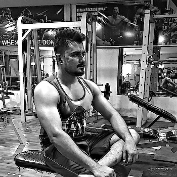 No pain...No gain!!    #fitstyle #healthyliving #stayfit #gym #bodybuilding #gymlife #focus #shredded #trainhard #ripped #muscle #instafit #instafitness #fitnessgear #fit #grind #sweat #grindout #strength #flex #fitness #fitnessblog #dilshadfitness