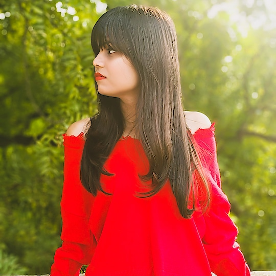 효린 . . . . . . #fashion #blogger #fashionblogger #roposoness #roposo #ootd #fq #red #winter-style #rops-style #delhi #hot #sexy #fringe #hairstyle #followers #f4f #like #goodvibes #wednesday