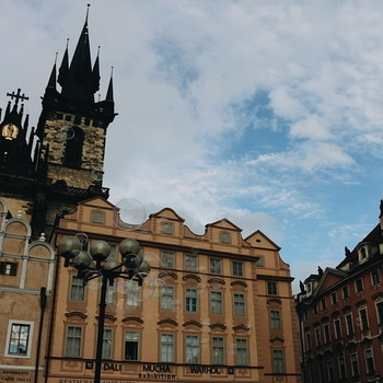 Beautiful landscapes of the historical capital of Bohemia, Prague! 💁 #Fairytailcity (Can you see the bubbles?) . . . . #indianblogger #indianstylebloggers #travelblogger #beautiful #castle #oldtown #lfl #l4l #instadaily #potd #magical #cathedral #prague #europe #placestovisit #likeforfollow #serene #picturisque #ig_capture #postcardplaces #visit_europe #outoncatwalkinprague #outoncatwalk #travel