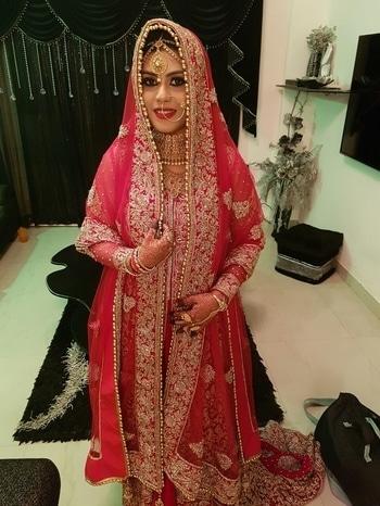 #makeup #hairstyle #bythousifsait #weddingstyle #bollywoodmakeupartist #bridal #work #dubai  #weddingmakeup #glitter #eyes #prettybride #love #doing #makeup  #arabianbridalmakeup #shaadi #bandbajaabride #look