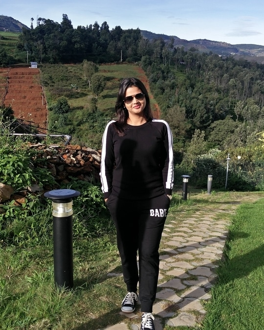 Hey guys Vote for me Please!!  #roposotalenthunt #be-fashionable #sneakers #shoelovetruelove #joggerpants #blackloverforever #earlymorning #morninglook #hillstation #blackadidas