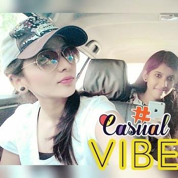 #whitet-shirt #pinkglasses #aviators #cap #swaggy look #casuals #travel-diaries #fridayfeels #selfie ❤️ #nudemakeup #bareminimumaccessory #summer-looks #fridayfun #casualvibe