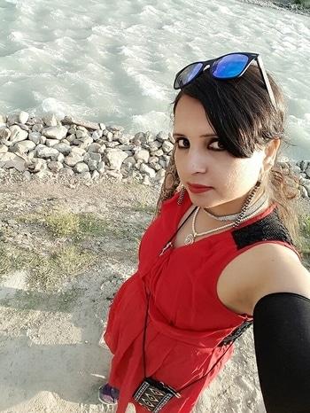 beautiful bank of Nallah Sindh River on d way of Sonamarg #srinagar #kashmirdiaries