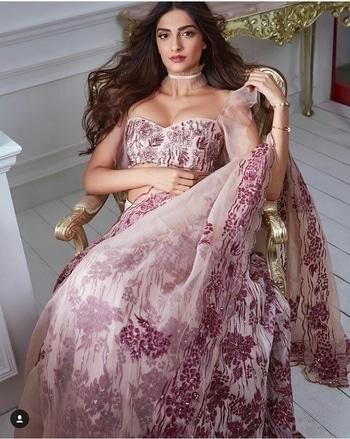 Sonam Kapoor Outfit-Shehlaa Khan Hair & Makeup-Namrata Soni Styled by-Rgea Kapoor