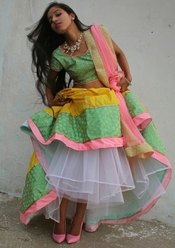#soroposogirl #ropo-love #soroposo #roposostory #roposoblogger #lehenga #lehengalife #lehengacholi #cancan #pinkshoes #stilettos #pinkandyellow #ibfw2017 #stylestealer  #yellow #ruffles #bloggerdiaries #ethnic-wear #ethniclove