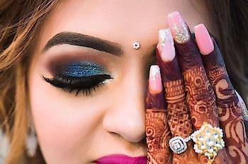 The story of Blush bride  #eyes #eyemakeuplook #wedding-bride #hennadesign #hennatattoo #shimmerandshine #blue-coloured #happieness #makeup #new-style #lookbook #2018fashion