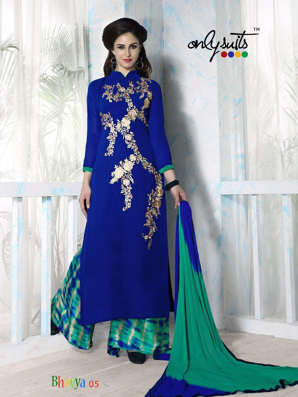 Designer Embroidered Salwar Kameez Material  Top - Georgette with Embroidery n Santoon Inner Bottom - Plazzo Material in Satin Digital Print. Dupatta - Pure Chiffon with Lace Border  Ready to Ship  Price @1699/- Free Shipping All Over India  #salwarkameez #onlineshopping #onlineshoppingindia #ethnic-wear #plazzo_suits #designer-wear #partylook #partywear #thelabelbazaar #punjabisuit #bollywoodfashion #bollywoodactress #bollywoodstyle #ethnic #exclusively